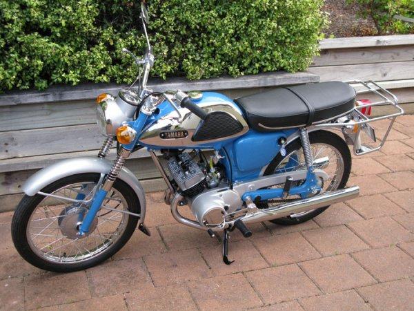 Yamaha YL1 3